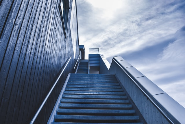 StartUp Challenges Stairs